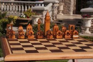 Venice Chess Set by Jim Kape earned Editor's Choice.